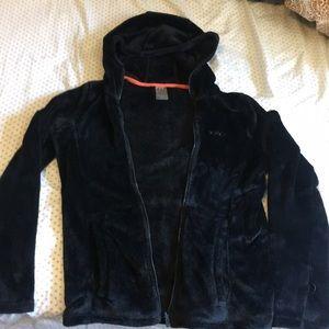 black fuzzy jacket by roxy